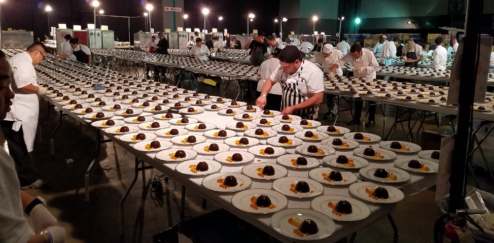 4,000 desserts being prepared for pick up