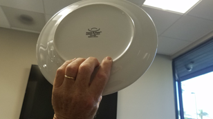 Fingers pull in the base of the plate.